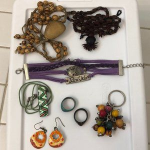 Jewelry - Lot of jewelry from around the world